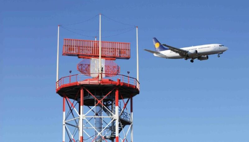 Evaluate electromagnetic fields in the presence of radars